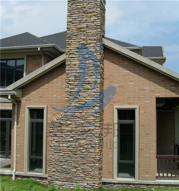 高岬石的烟囱和仿古砖的墙 (2).jpg